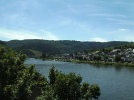 Zell-Kaimt mit Mosel